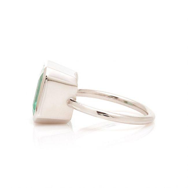 Кольцо с изумрудом - Фото 2