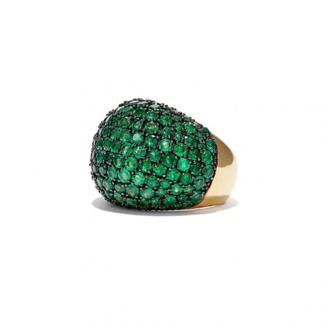 Выпуклое крупное кольцо с изумрудами 7.70 карата