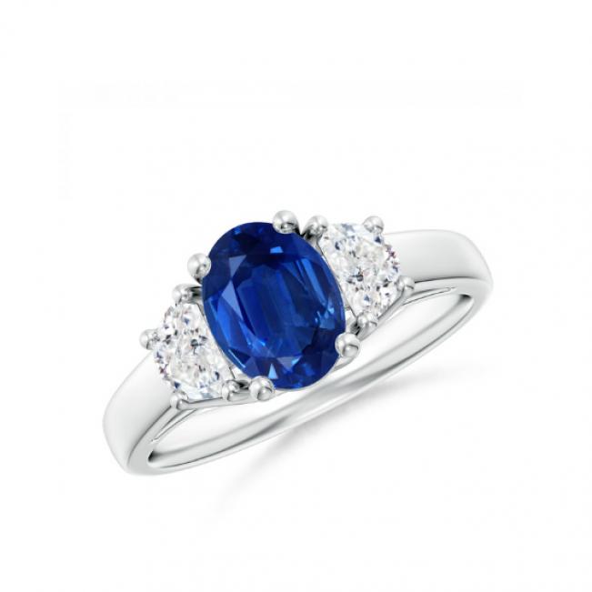 Кольцо с овальным сапфиром и бриллиантами полумесяц