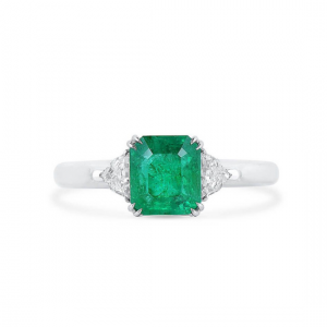 Классическое кольцо с изумрудом 1.5 карата и бриллиантами