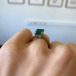 Кольцо с изумрудом 2.67 кт и паве из бриллиантов - Фото 2