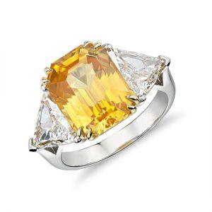 Кольцо с желтым сапфиром 6.56 карата и 2 бриллиантами 0.35 кт