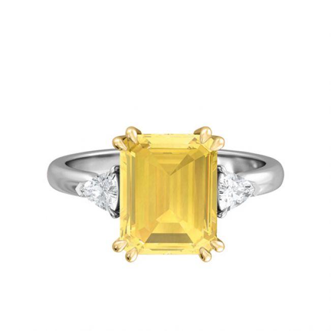 Кольцо с желтым сапфиром эмеральд