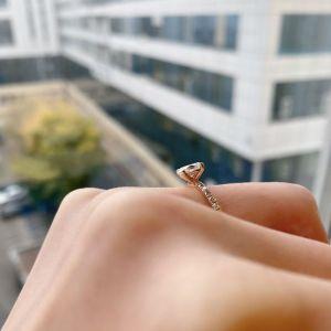 Помолвочное с овальным бриллиантом 0.5 кт - Фото 2