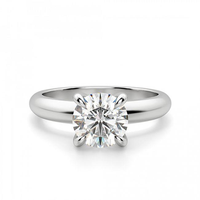 Кольцо с круглым бриллиантом в широкой шинке