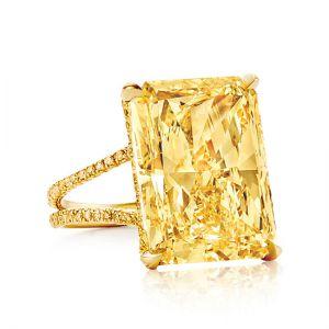 Кольцо с желтым сапфиром на двойной шинке с желтыми бриллиантами - Фото 1