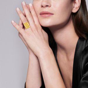 Кольцо с желтым сапфиром на двойной шинке с желтыми бриллиантами - Фото 2