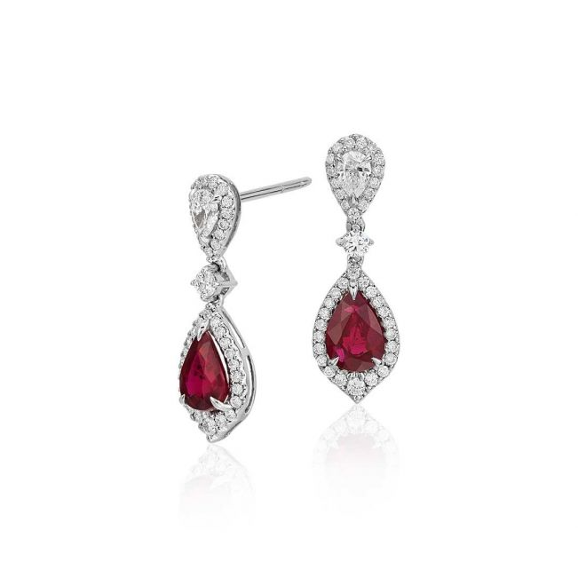 Длинные серьги с рубинами и бриллиантами