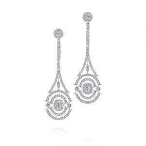 Длинные дизайнерские серьги с бриллиантами