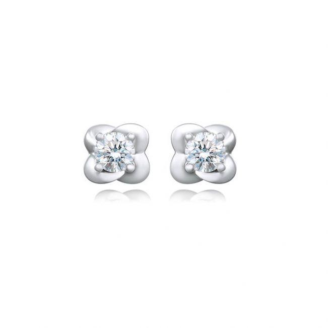 Серьги пусеты с круглыми бриллиантами Цветки