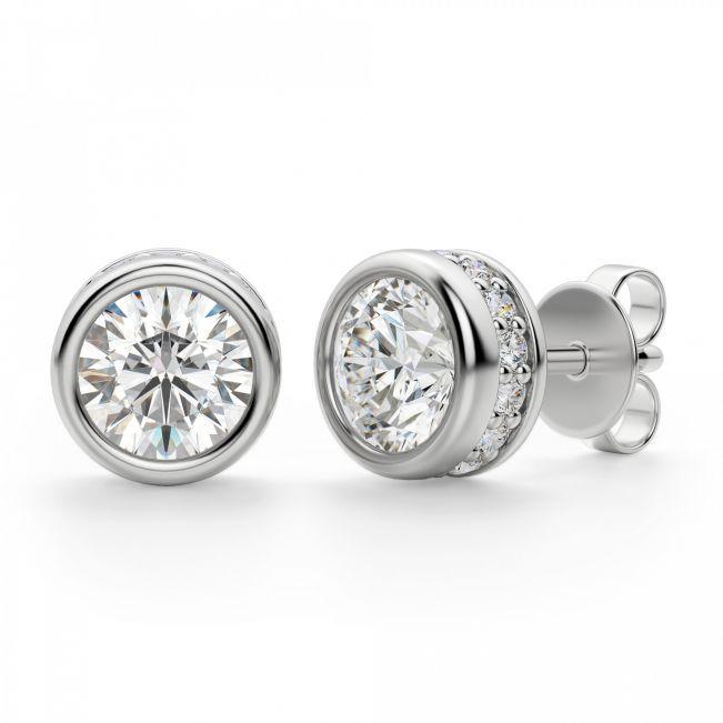 Серьги пусеты с бриллиантами в ореоле по бокам