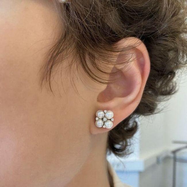 Серьги пусеты с жемчугом и бриллиантами - Фото 1