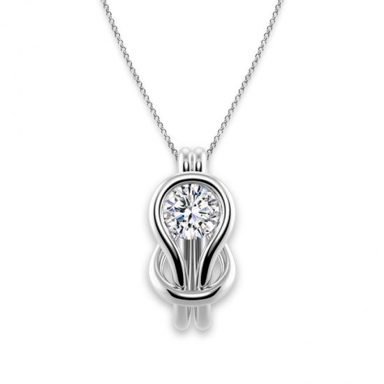 Кулон с белым бриллиантом в узле, Больше Изображение 1