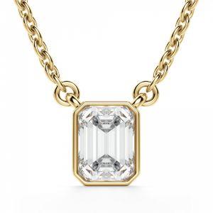 Кулон на цепочке с бриллиантом Эмеральд