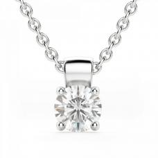 Кулон с бриллиантом круглой огранки