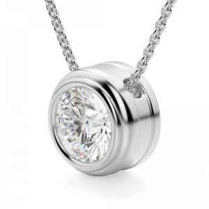 Кулон с бриллиантом в золотом обрамлении