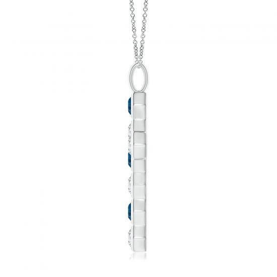 Крестик из золота с топазами и белыми бриллиантами,  Больше Изображение 2