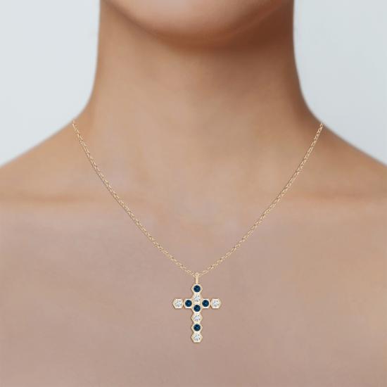 Крестик из золота с топазом и бриллиантом,  Больше Изображение 3