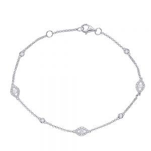 Тонкий браслет с бриллиантами на цепочке