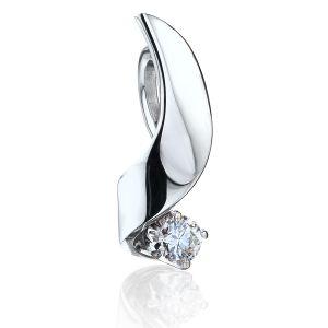 Кулон с бриллиантом 0.10 карата